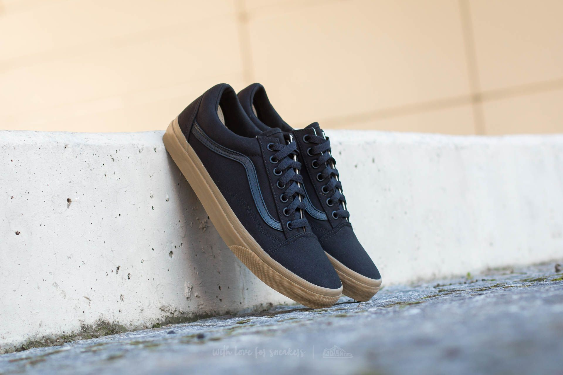 Vans Old Skool (Canvas Gum) Black Light Gum