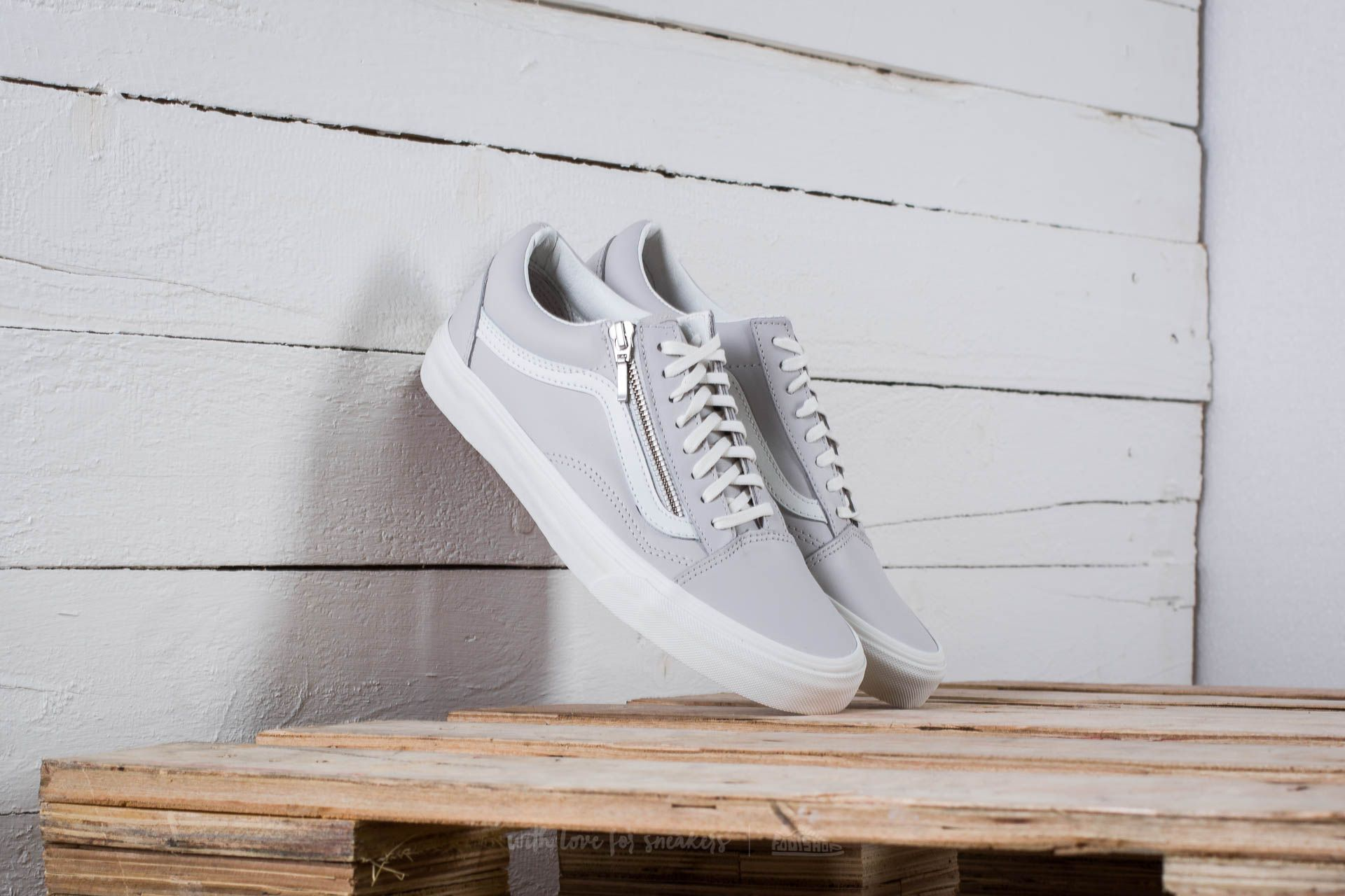 Vans Old Skool Zip Sneaker Wind Chime
