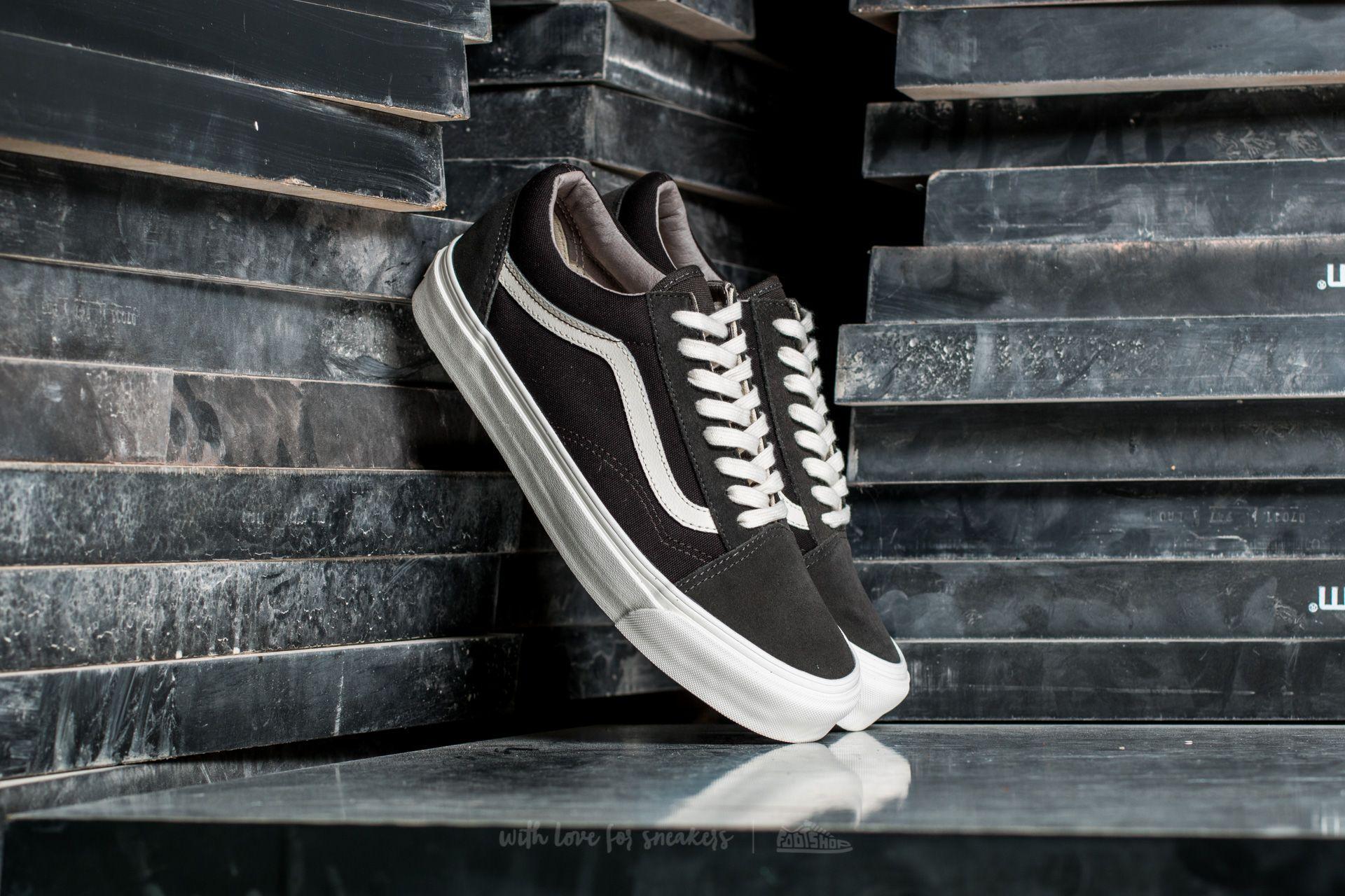 Vans OG Old Skool LX Suede Canvas Beluga After Dark