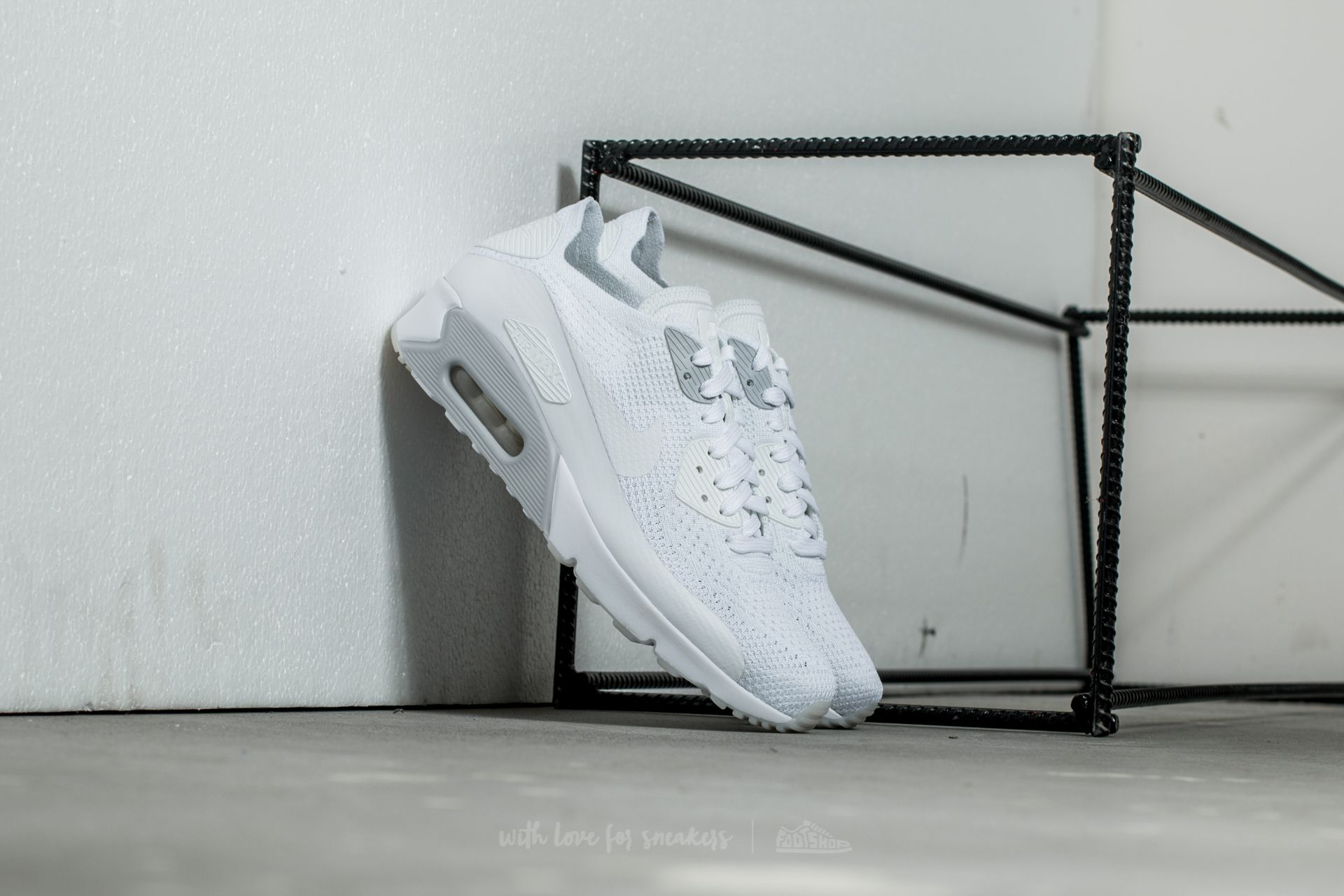 reputable site 543bc ed265 ... store nike air max trainers compare prices at footy. air jordan melo  hat clip flyknit