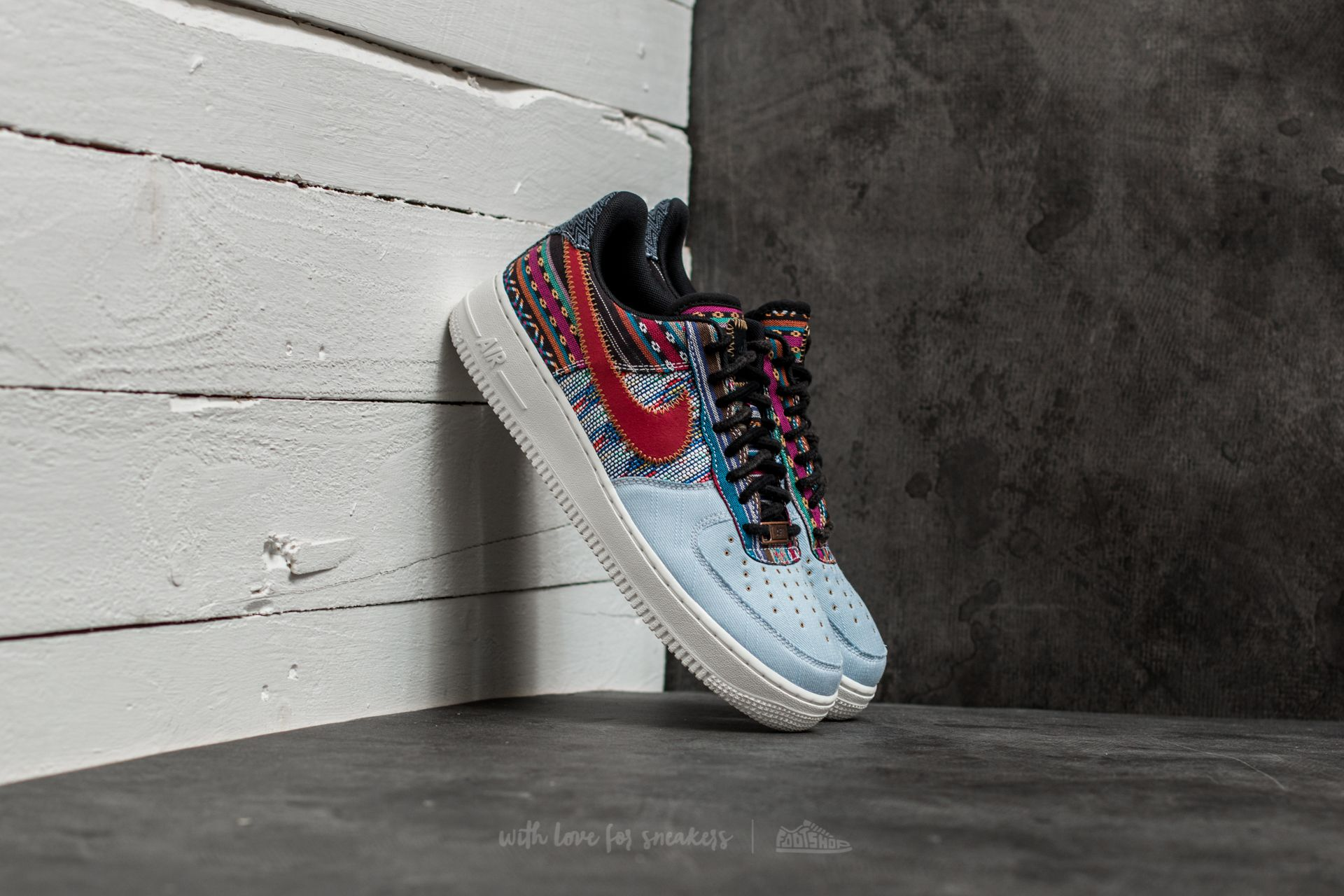 Nike Air Force 1 ´07 LV8 Light Armory Blue/ Gym Red