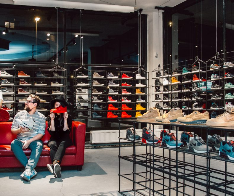From 50 pairs of sneakers to 4000 models