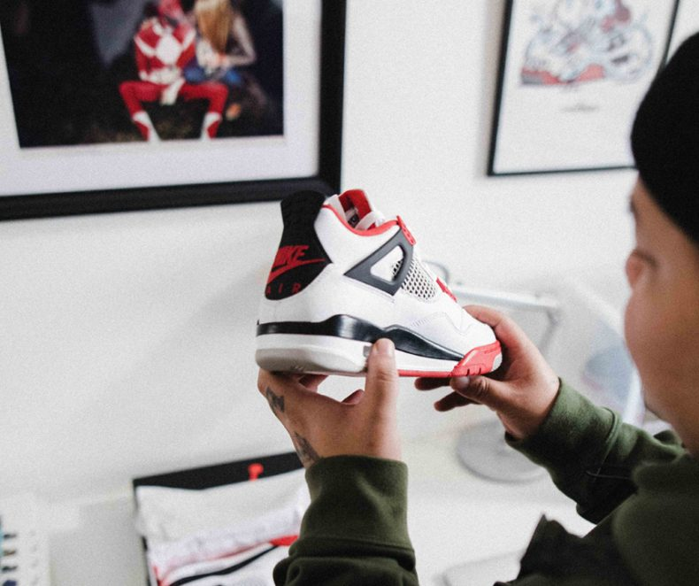 Editorial: Air Jordan 4 Fire Red
