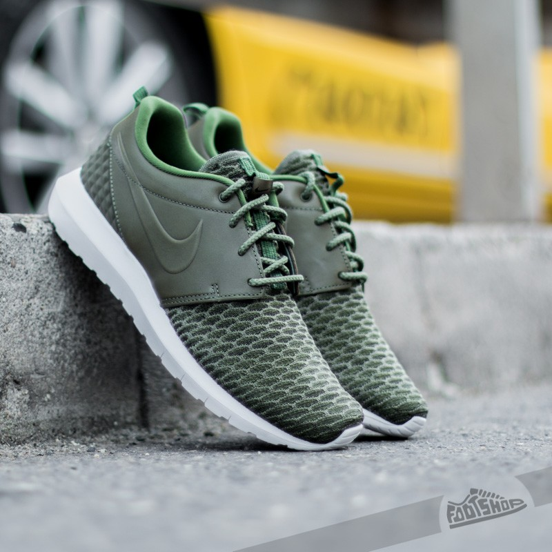 nike roshe one flyknit premium 'rough green'