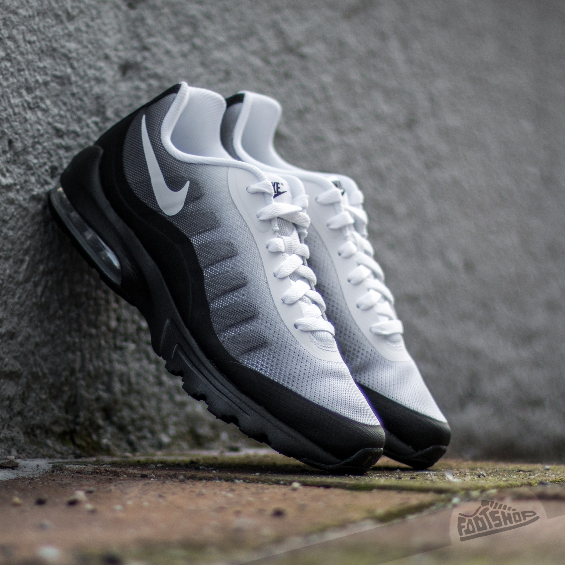 nike air max invigo