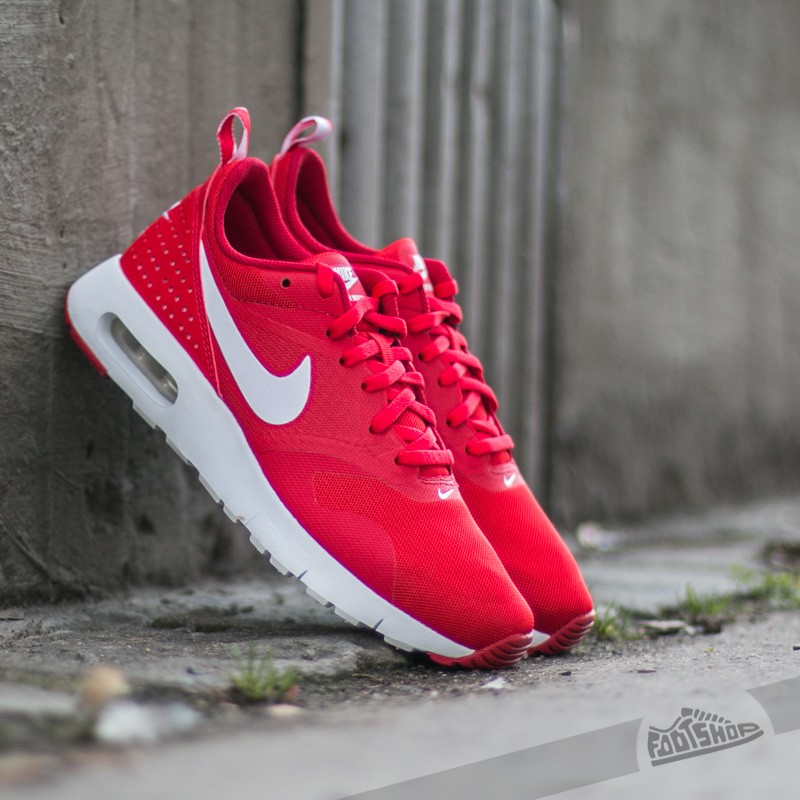 Nike Air Max Tavas University Red White Gym