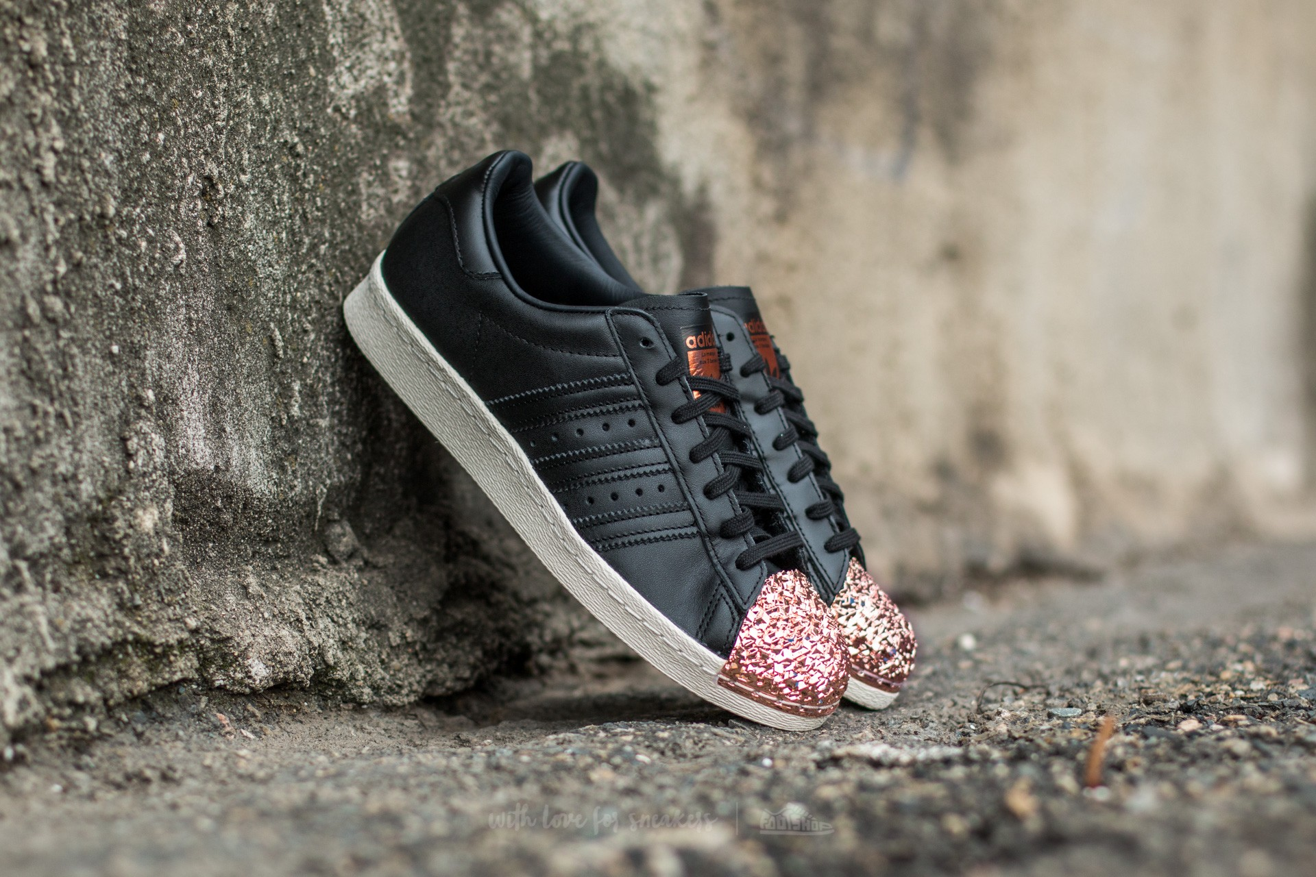 adidas superstar 80s metal toe tf core black core black copper metal footshop. Black Bedroom Furniture Sets. Home Design Ideas