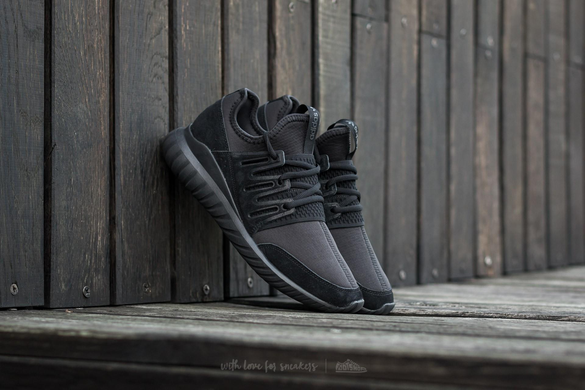 adidas tubular radial all black